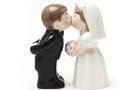 Magnetic Salt and Pepper Shaker Set (Bride and groom) - 4 inch