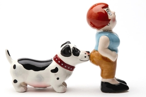 Magnetic Salt and Pepper Shaker Set (A Lady and the Tramp) - 4 inch