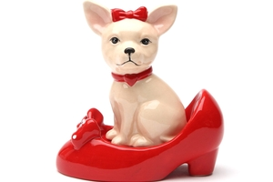 Magnetic Salt and Pepper Shaker Set (Chihuahua In Shoe) - 4 inch